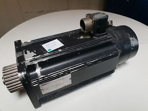 Indramat Servomotor MAC090B-0-PD-2-C/110-A-0 / AC Servomotor