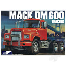 MPC 1:25 Mack Truck DM600 Plastic Kit