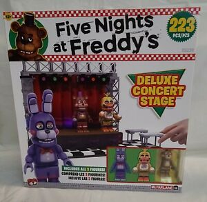 25230 McFarlane Five Nights at Freddy's Deluxe Concert Stage playset figure VHTF