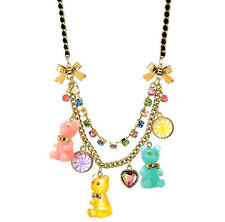 BETSEY JOHNSON PLAsTiC GUMMY BoW TiE BEAR CANDY HEART CHARM RHiNEsToNE NECKLACE