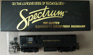 HO Scale Bachmann Spectrum Pennsylvania (PRR) Fairbanks Morse H-16-44 Diesel
