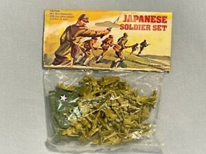 VINTAGE BLISTER JAPONESE SOLDIER SET MADE IN HONG KONG 60'S NO AIRFIX