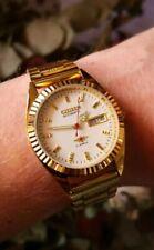 Reloj Vintage dorado de dial blanco Citizen 8200A Wrist Watch Vintage
