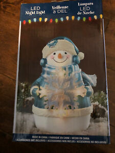 "Snow Man Christmas LED Night Light  6"" NEW"