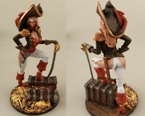 tin toy soldiers  painted  Girl 80mm pirate