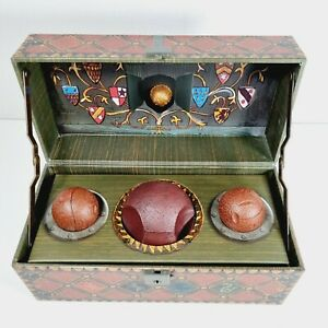 HARRY POTTER Quidditch Set in Locking Box Bludgers Quaffle Golden Snitch Poster
