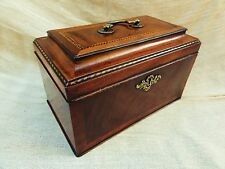 A Quality Georgian Mahogany Tea Caddy