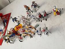 Lot of 19 MEDIEVAL  Action Figures Knights And Horses SAFARI LTD  Hand Painted