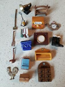 Dolls House Mixed Lot Of Accessories