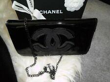 Chanel Beaute Tasche Lack mit Plüsch, schwarz, Crossbody ohne Box