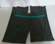 Lululemon Yoga pant, heather grey green trim Reversible Size 8