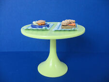 Spin Master 2010 Doll Plastic Table, 2 Placemats & 2 Decorative Food Plates
