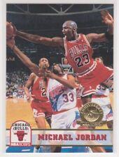 1993-94  MICHAEL JORDAN - NBA Hoops GOLD 5th Ann. Parallel Basketball Card # 28