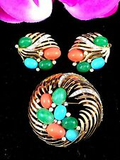 RARE 1960'S CROWN TRIFARI INDIA MOGHUL MULTICOLORED CABOCHON BROOCH EARRINGS SET