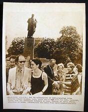 1971 PRIME MINISTER PIERRE TRUDEAU & MARGARET IN KIEV UKRAINE PHOTO CANADA