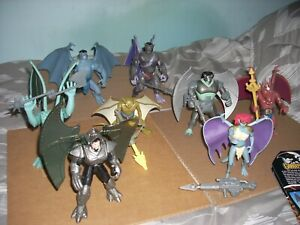 Gargoyles action figures lot of 8 Kenner 1995 with backing cards