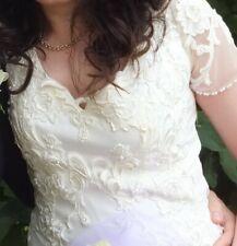 Designer Amanda Wyatt Ivory Wedding Dress Size 12