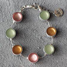 Neu ARMBAND mit CAPIZ MUSCHEL pastell/rosa/grün/braun ARMREIF farbe silber