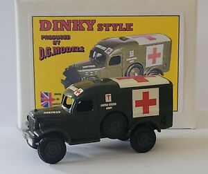 Dodge 4 x 4 US Army Military Ambulance 1:50 scale metal model Dinky Scale