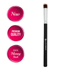 Concealer Brush: Flat Top Makeup Brush Best for Acne and Undereye Blending