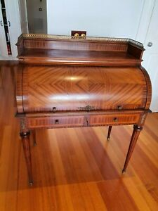 Antique style Roll Top Desk With Leather Inlay