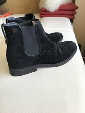 GUESS  New  Mens Black Velvet  Boots Leather Sole - Size  10.5 M