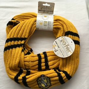 """Harry Potter Infinity Scarf Hufflepuff Official """"NEW With Tag"""""""