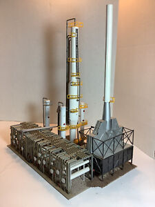 HO SCALE 1:87 NORTH ISLAND REFINERY COMPLEX BUILDING WALTHERS DETAILED WEATHERED