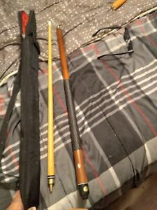 Harvard Pool Cue two piece stick