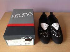 EUC ARCHE NINYKA Ballet Flats Black Nubuck Suede Leather Shoes Size 40 FR, US 9