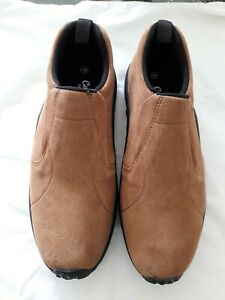 COTTON TRADERS MENS SLIP ON SHOES SIZE 10