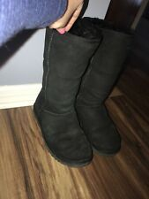 womens uggs size 8