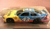 NASCAR 2008 #43 PETTY CELEBRATE THE LEGACY 1:64 CAR BLUE & GOLD CHEERIOS