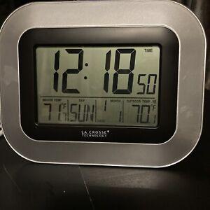 La Crosse Technology WS-8115U-S-INT Atomic Digital Clock Indoor Outdoor Temp