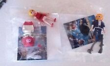 LOT 2  PLAYMOBIL   PERSONNAGE  QUICK  PIRATE 2    &  FLORELLA   SUPER 4