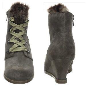 Clarks Women's Boots, Size 5D