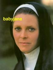 009 LINDSAY WAGNER AS A NUN THE BIONIC WOMAN PHOTO