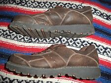 HOT CAKES SHOES WOMENS SIZE 11 W     MISTY