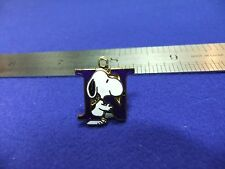 vtg snoopy pendant charm letter initial N blue 1970s peanuts schulz cartoon