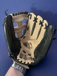 "Wilson A0260 TR11 11"" Genuine Leather Right Hand Throw RHT Youth Baseball Glove"