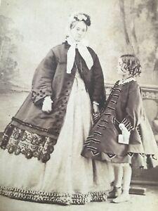 CDV FASHION int SOCIETY MOTHER  + DAUGHTER CRINOLINES  1860 CDV Photo 10/10