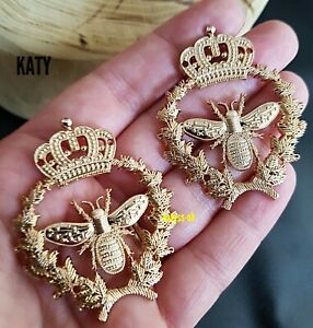 2 pcs Sew on Gold Bumble Bee Charm Badge Craft Decoration Vintage Gift