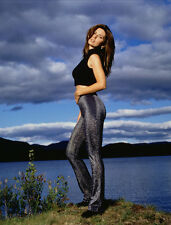 Shania Twain UNSIGNED photo - F665 - STUNNING!!!!!