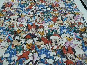 100% Cotton Fabric  FQ- Mickey Mouse - Xmas