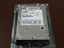 "Hitachi Deskstar 7K500 320GB 7200RPM SATA II 3Gb/s 8MB 3.5"" HDT725032VLA380 HDD"