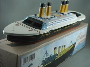 Titanic Steam Boat Tin Toy - Pop Pop Boat