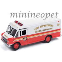 JOHNNY LIGHTNING JLSP064 1990 GMC STEP VAN 1/64 FIRE DEPT. TACTICAL SUPPORT UNIT