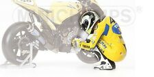 Valentino Rossi Pilota Preparing Race Figure MotoGP 2006 1:12 Model MINICHAMPS