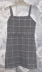 Girls Age 9-10 Years - Pinafore Dress