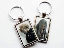 FINAL FANTASY CLOUD & SEPHIROTH Video Game Characters Quality Chrome Keyring